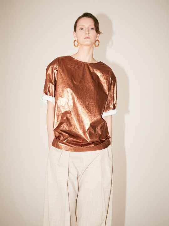 [Fabric From GREECE] ASTIER Shoulder Padded Glossy Texture Blouse_Bronze