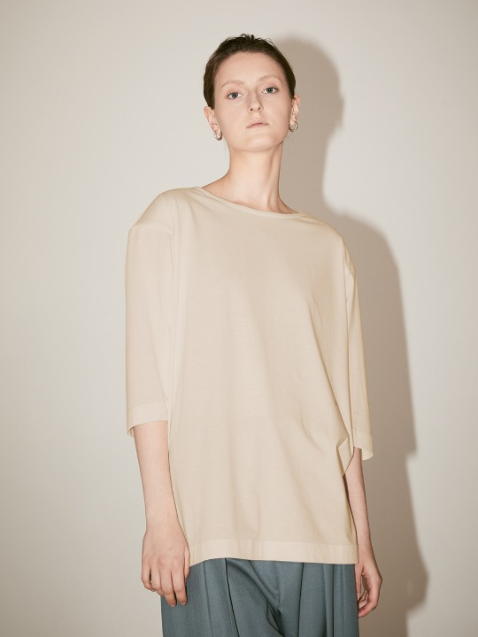 [Supima Silk Cotton] LMIER Shoulder Padded Silk Jersey Top_Cream Ivory