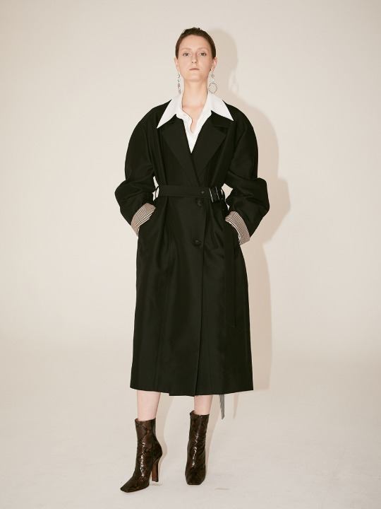 [Signature]  AMBRE Volume Sleeve Belted Trench Coat_Black