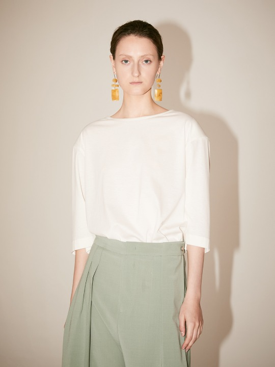 [Supima Silk Cotton] LMIER Shoulder Padded Silk Jersey Top_Off White