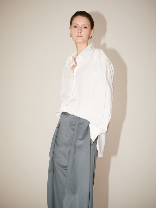 [손나은 착용] LYES Oversized Double Collar Cotton-Poplin Shirt_Off White