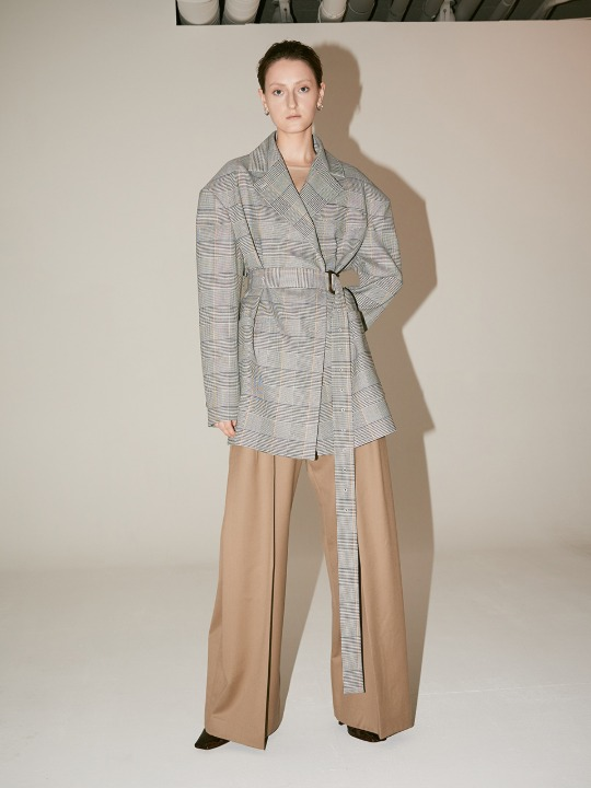 [Fabric From PORTUGAL] LE MUSEE_LUMINE Oversized Check Belted Jacket_Check